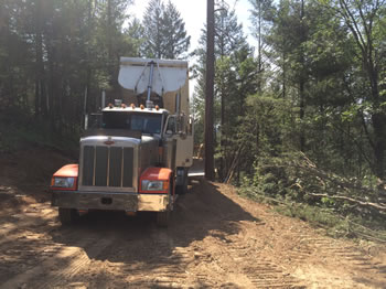 Trucking & Hauling